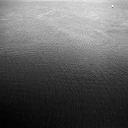 Solitude「Aerial View of Ocean, Black and White」:スマホ壁紙(19)