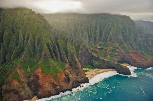 Pacific Ocean「Aerial view of Na Pali Coast, Kauai, Hawaii」:スマホ壁紙(11)