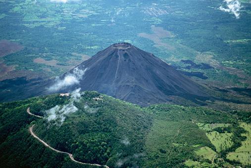 Volcano「Aerial View of Volcan Santa Ana」:スマホ壁紙(6)