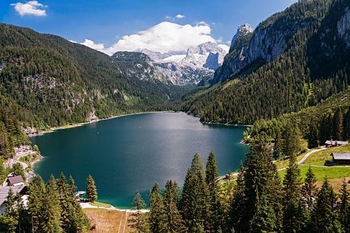 Salzkammergut「Aerial view of Dachstein massif and Gosau lake in Salzkammergut, Upper Austria」:スマホ壁紙(9)