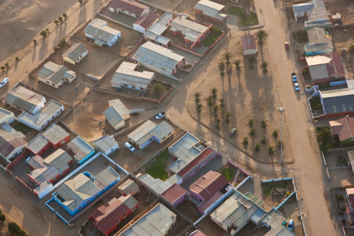 Row House「Aerial View of Houses, Walvis Bay, Namibia」:スマホ壁紙(9)