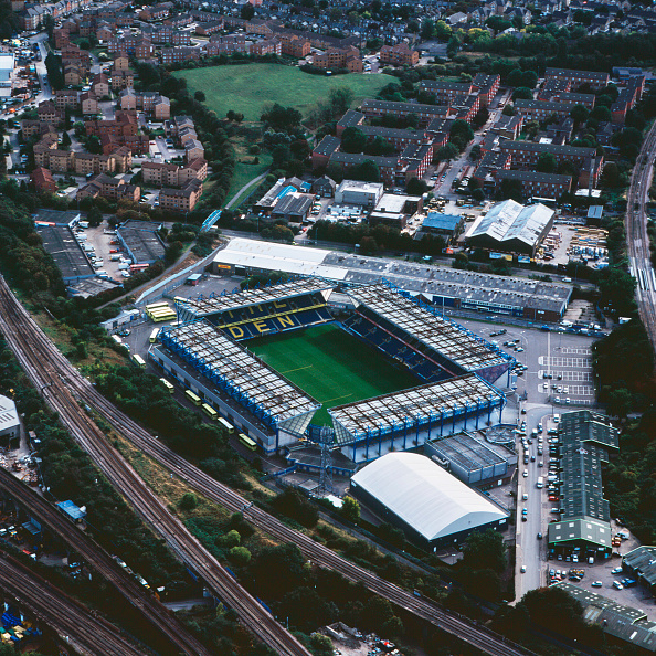 High Angle View「Aerial view of The Den - Millwall Football Club, London, UK.」:写真・画像(9)[壁紙.com]