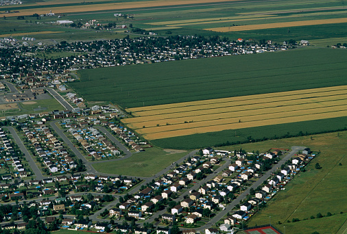 Montérégie「Aerial view of agricultural and residential land」:スマホ壁紙(3)
