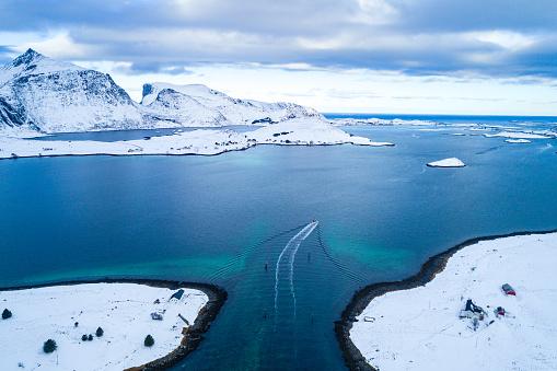 Lofoten「Aerial view of Norway sunny winter」:スマホ壁紙(19)