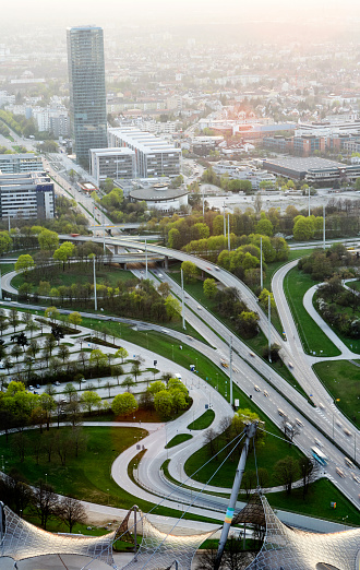 Munich「Aerial view of the Georg-Brauchle-Ring and 304 highway」:スマホ壁紙(1)