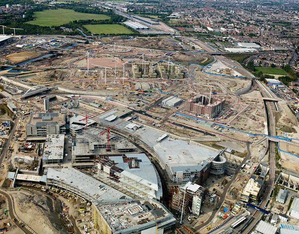 2012 Summer Olympics - London「Aerial view of 2012 Olympic site, Stratford, East London, UK. September 2009.」:写真・画像(4)[壁紙.com]