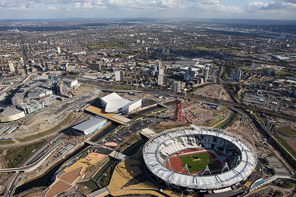 Finance and Economy「Aerial view of London 2012 Olympic Park Images taken in November 2011」:写真・画像(1)[壁紙.com]