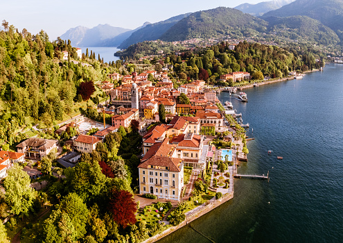 Lombardy「Aerial view of Bellagio town on lake Como, Italy」:スマホ壁紙(14)