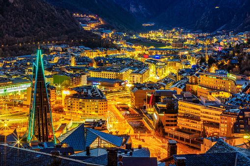 Multi Colored「Aerial view of andorra la vella dusk escaldes caldea blue hour」:スマホ壁紙(9)
