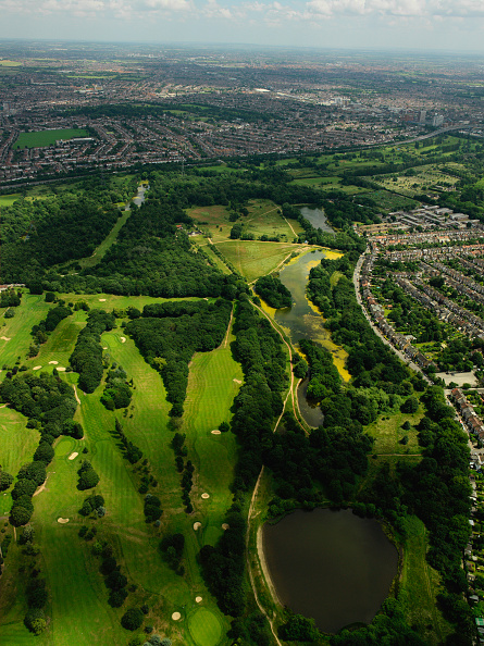 Horizon「Aerial view of green space, Thames Gateway, London, UK」:写真・画像(2)[壁紙.com]
