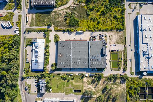 Mid-Air「Aerial view of industrial units」:スマホ壁紙(3)