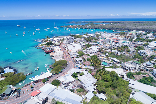 Galapagos Islands「Aerial view of Puerto Ayora, Santa Cruz, Galapagos Islands, Ecuador」:スマホ壁紙(2)
