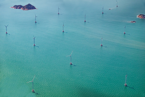 Wind Turbine「Aerial View of offshore wind farms, South China Sea, Hong Kong」:スマホ壁紙(8)
