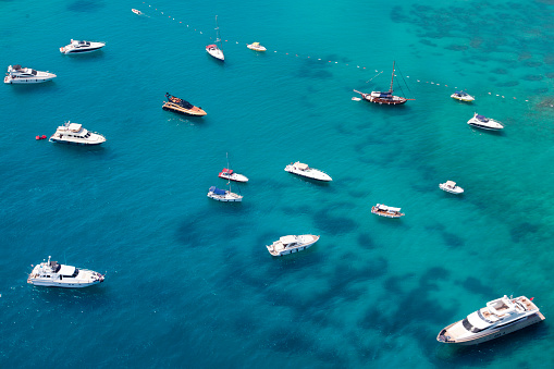 Marina「aerial view of anchored yachts」:スマホ壁紙(16)