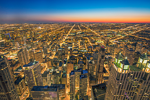 Avenue「Aerial view of Chicago at dusk」:スマホ壁紙(9)