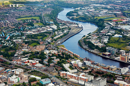 Newcastle-upon-Tyne「Aerial view of River Tyne in Newcastle Upon Tyne」:スマホ壁紙(14)