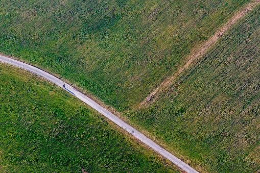 スイス「Aerial view of road and agricultural fields」:スマホ壁紙(13)