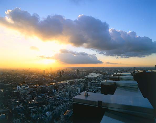 Dawn「Aerial view of London  United Kingdom.」:写真・画像(10)[壁紙.com]