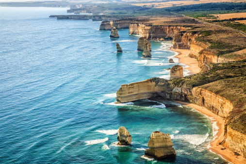 Coastline「Aerial view Twelve Apostles, Port Campbell National Park at sunset」:スマホ壁紙(12)