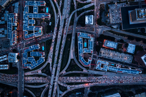 Traffic「Aerial view of Los Angeles city centre at twilight time」:スマホ壁紙(9)