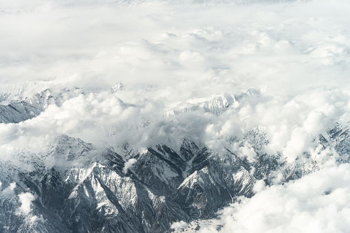 Himalayas「Aerial View of Snow capped Mountains against Sky」:スマホ壁紙(15)