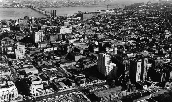 Downtown District「Aerial View Of Louisville KY」:写真・画像(10)[壁紙.com]