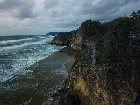 Cannon Beach「Aerial view of Oregon coast」:スマホ壁紙(18)