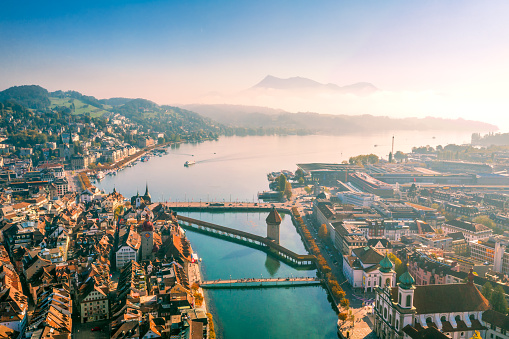 European Alps「aerial view of Lucerne old town」:スマホ壁紙(4)