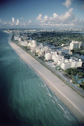 Miami Beach「Aerial view of Miami Beach , Florida」:スマホ壁紙(14)