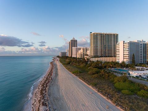 Miami Beach「美しい日にサウス ビーチの空撮」:スマホ壁紙(2)