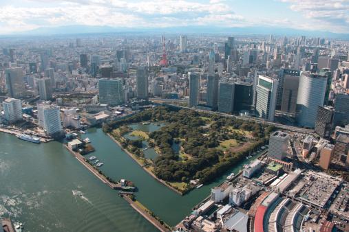 東京都中央区「Aerial view of Hamarikyu park, Minato ward, Tokyo Prefecture, Honshu, Japan」:スマホ壁紙(18)