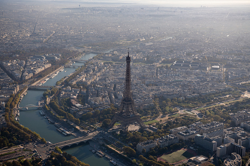 Trocadero Fountains「Aerial view of Eiffel Tower in Paris France, morning」:スマホ壁紙(13)