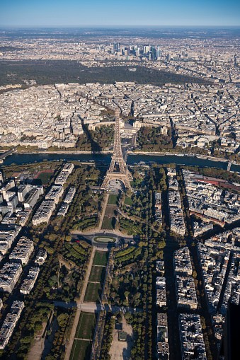 Trocadero Fountains「Aerial view of Eiffel Tower in Paris France, morning」:スマホ壁紙(12)