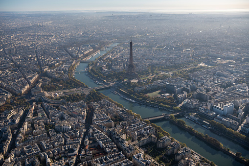Trocadero Fountains「Aerial view of Eiffel Tower in Paris France, morning」:スマホ壁紙(14)