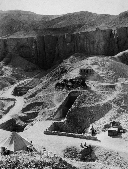 Tomb「Aerial Of Valley Of The Kings Excavations」:写真・画像(15)[壁紙.com]