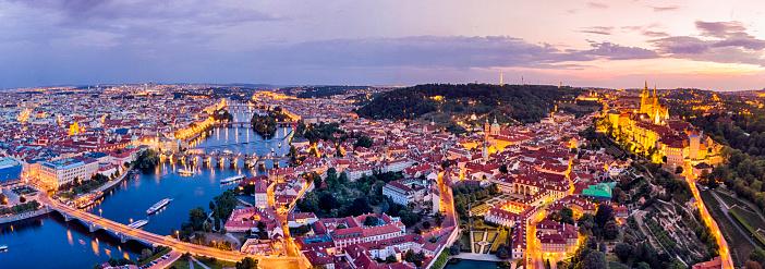 Vltava River「Aerial view of Prague at twilight with Vltava river」:スマホ壁紙(17)
