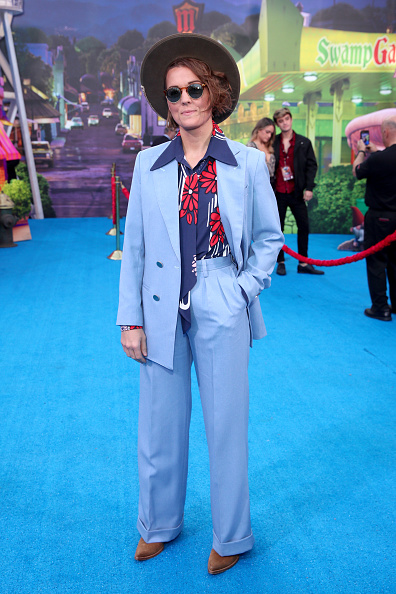 "Blue「Premiere Of Disney And Pixar's ""Onward"" - Red Carpet」:写真・画像(16)[壁紙.com]"