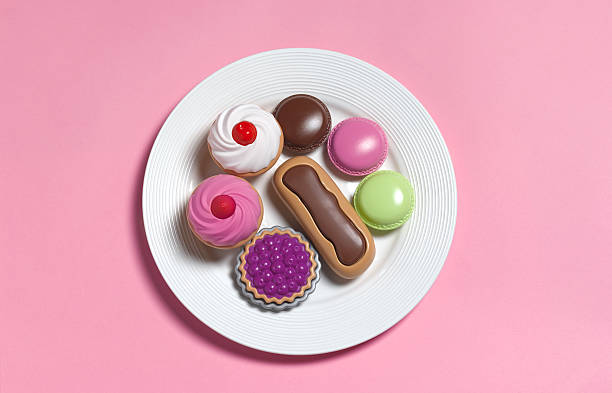 Sugar rush,toy food on plate:スマホ壁紙(壁紙.com)