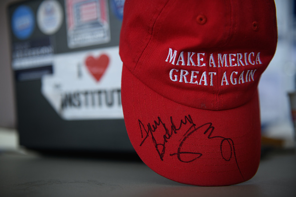 MAGA「House Candidate In Ohio's Special Election  Republican Troy Balderson Greets Voters On Election Day」:写真・画像(19)[壁紙.com]