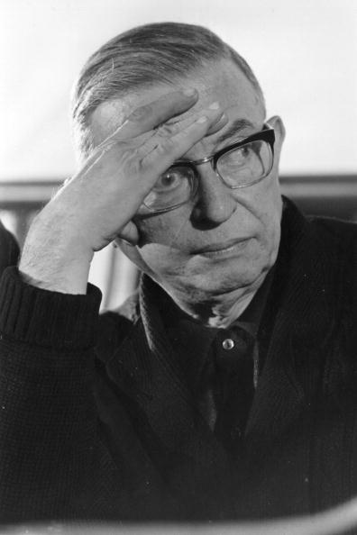 Reg Lancaster「Sartre」:写真・画像(2)[壁紙.com]