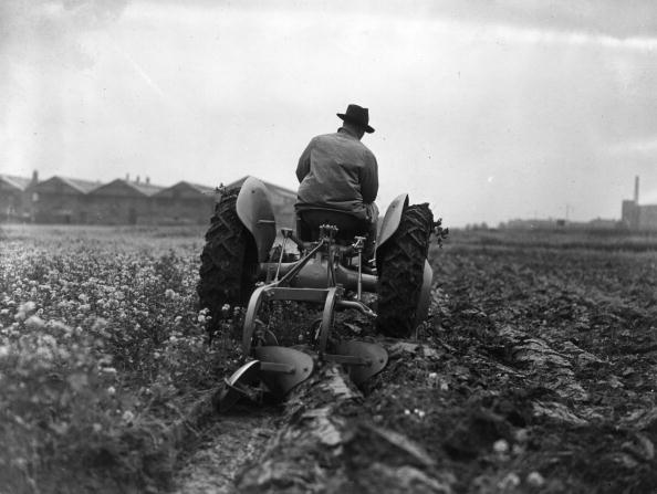 Tractor「Speedy Tractor」:写真・画像(3)[壁紙.com]