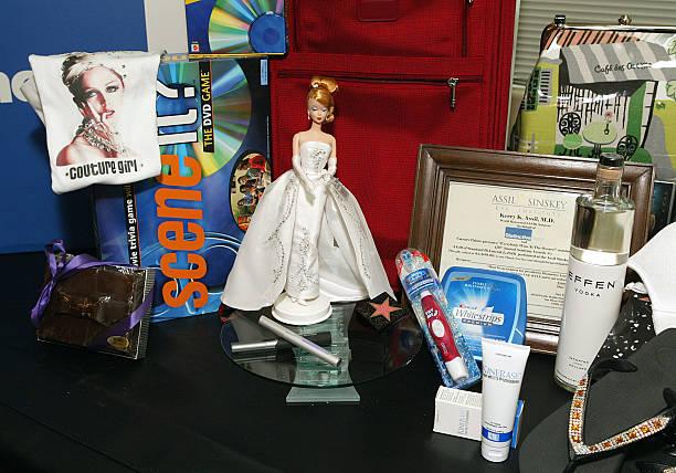 "Caesars Palace ""Everyone Wins at the Oscars"" Gift Basket by Distinctive Assets:ニュース(壁紙.com)"