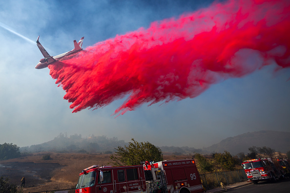 "Bestpix「""Extreme"" Santa Ana Winds Spark New Wildfires In Southern California」:写真・画像(14)[壁紙.com]"