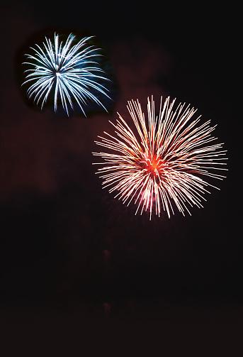 Firework - Explosive Material「Red and Blue Fireworks」:スマホ壁紙(16)