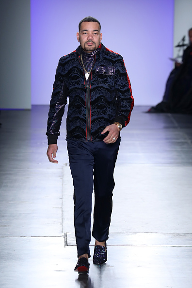 Chelsea Piers「The Blue Jacket Fashion Show At NYFW」:写真・画像(3)[壁紙.com]