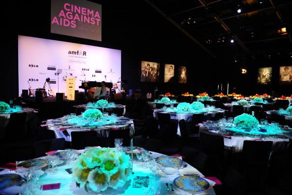 Hotel Du Cap Eden Roc「amfAR Cinema Against AIDS - Cocktail Party - 2009 Cannes Film Festival」:写真・画像(12)[壁紙.com]