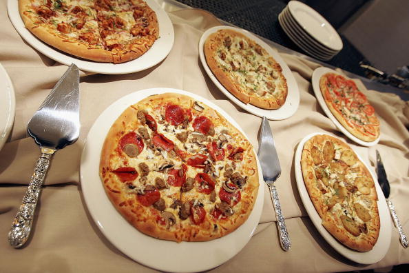 Pizza「California Pizza Kitchen Grand Opening Preview Party」:写真・画像(5)[壁紙.com]
