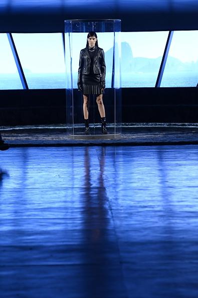 Atmosphere「Karl Lagerfeld for Riachuelo - Runway - SPFW Summer 2017」:写真・画像(15)[壁紙.com]