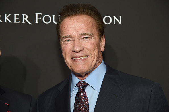 Arnold Schwarzenegger「SEAN PENN J/P HRO GALA: A Gala Dinner to Benefit J/P Haitian Relief Organization and a Coalition of Disaster Relief Organizations」:写真・画像(1)[壁紙.com]