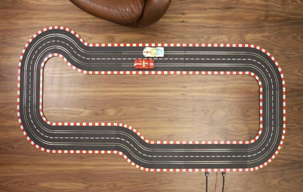 Racecar Toy:スマホ壁紙(壁紙.com)
